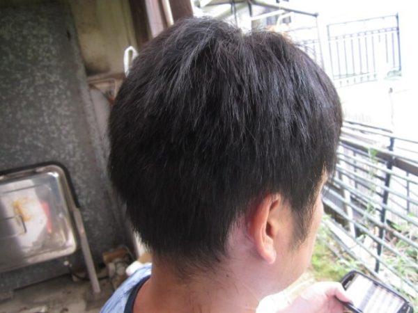 自己流で旦那の髪を切るその6