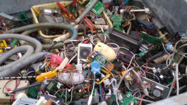 ゴミ屋敷な実家を40日かけて片付けたまとめ【その2・ゴミの分別と処分の方法を調べる】