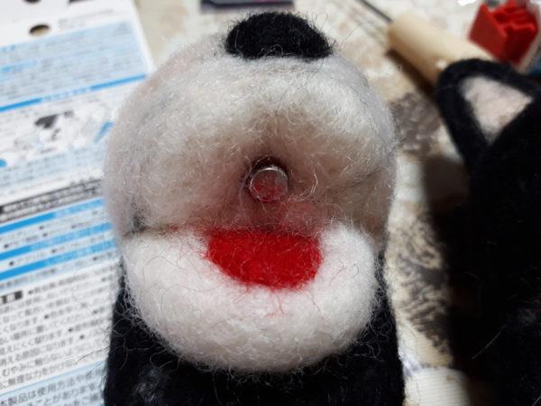 ダイソーの羊毛フェルトで、実用的なキーフック?マグネットを作ってみたよ