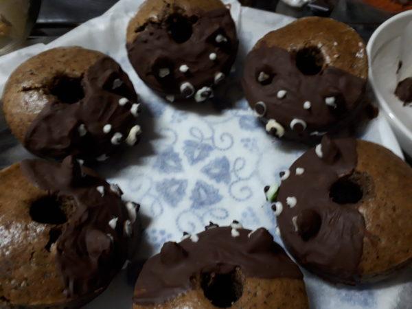 ハロウィンに、カエルと黒柴犬の焼きドーナツ作ったよ