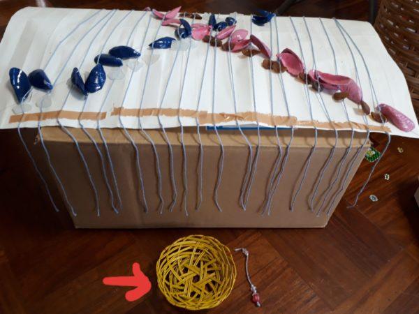 東南アジアのお土産風・カラフルな貝殻とシーグラスで螺旋状のウインドチャイム作ってみた、手作り、DIY